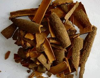 Cinnamon_bark-rou_gui